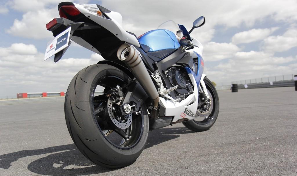 conseils pour acheter une moto d occasion detail moto tout sur la moto. Black Bedroom Furniture Sets. Home Design Ideas