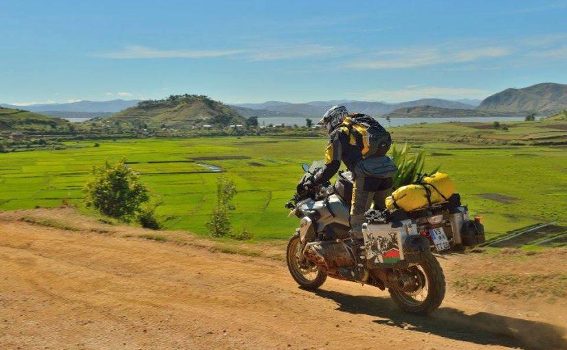 Un voyage long-courrier sur une moto : comment assurer votre confort ?