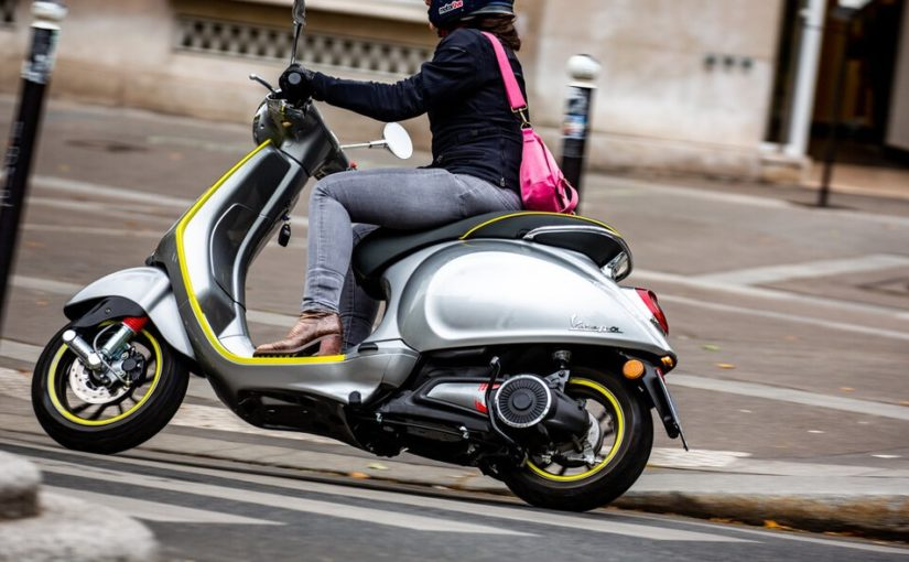 Location d'une moto électrique à Paris : comment ça marche ?